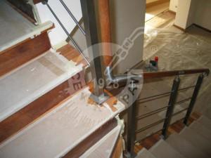 balustrada-nierdzewna-montaz-IMG_2808